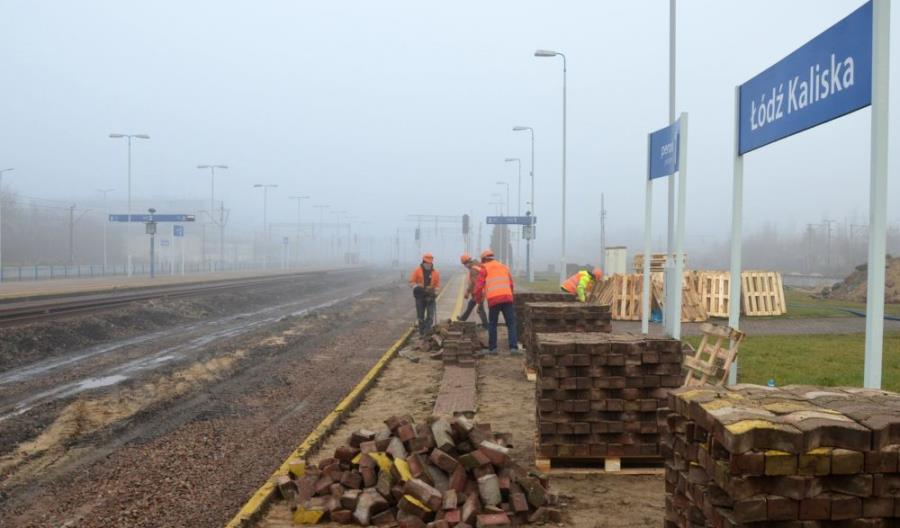 Łódź Kaliska – pierwszy nowy peron i wiadukt wschodni w budowie [zdjęcia]