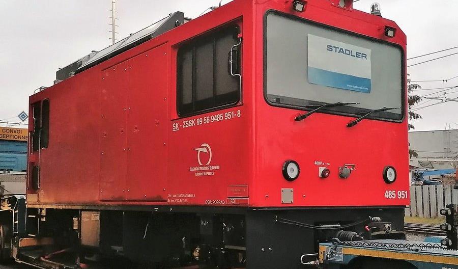 Na Słowację dotarła nowa wąskotorowa lokomotywa Stadlera