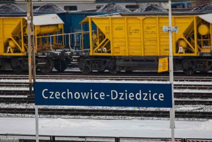Przebudowa węzła Czechowice-Dziedzice weszła w obszar stacji [zdjęcia]
