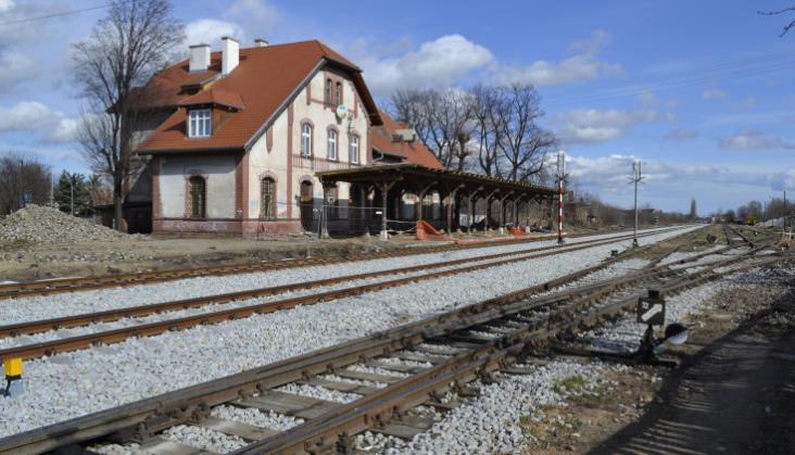 Kiedy pojedziemy pociągiem z Wrocławia do Świdnicy i ze Świdnicy do Jedliny-Zdroju?