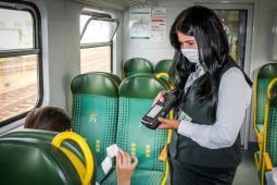 Koleje Mazowieckie: Przewozy spadły z 62 do 42 mln pasażerów