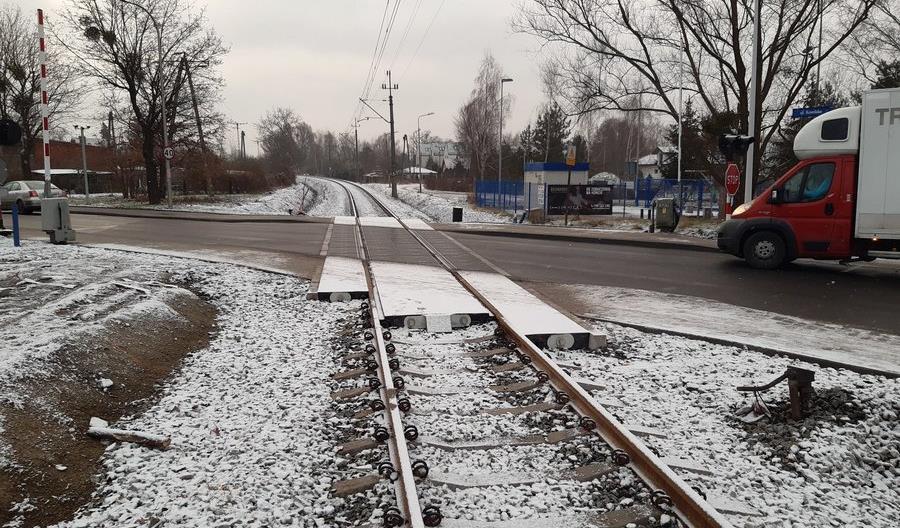 Koniec prac na linii 292 między Jelczem a Wrocławiem w połowie 2021 roku [zdjęcia]