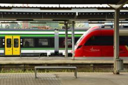 Warszawa: Umowa na wspólny bilet do końca kwietnia