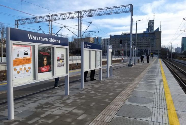 Pociągi po 24 latach wróciły na Warszawę Główną