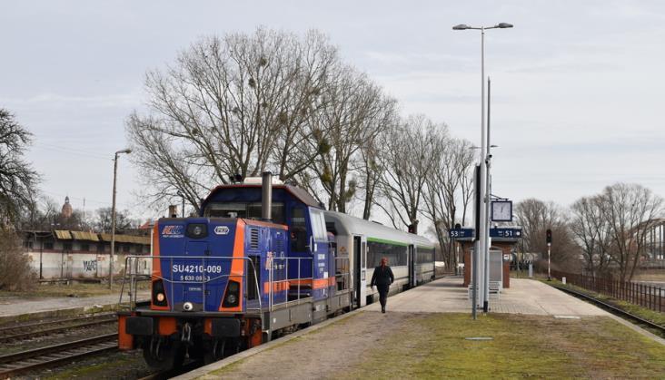 PKP Intercity ma problem z lokomotywami spalinowymi. Modernizacja SM42 jest opóźniona