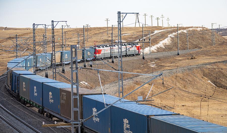 Koleje Rosyjskie zakończyły elektryfikację magistrali kolejowej do granicy z Chinami