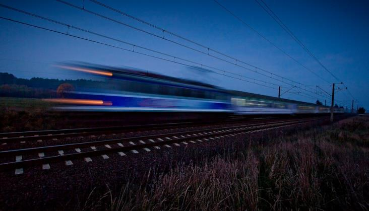 Zmiana czasu z zimowego na letni. Jak wpłynie na kursowanie pociągów PKP Intercity?