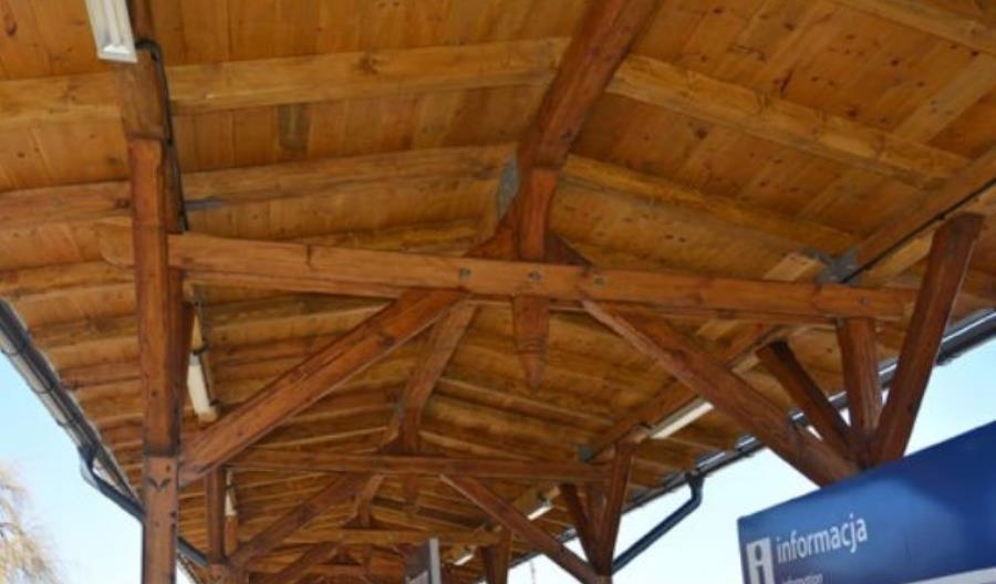 Strzegom: Kończy się modernizacja zabytkowej wiaty