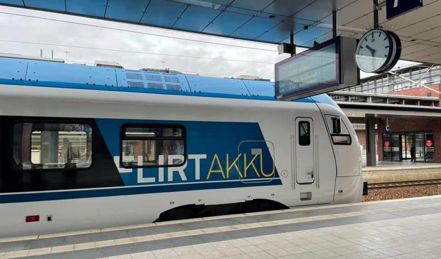 Koniec testów Flirta Akku w Niemczech. 185 kilometrów zasięgu na samych bateriach