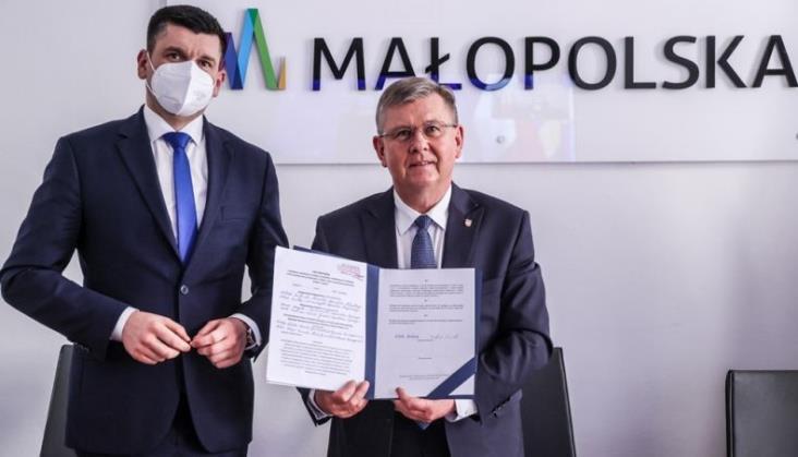 Samorządy podpisały list intencyjny ws. linii nr 97 z Żywca do Suchej Beskidzkiej