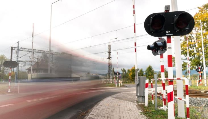 Znacznie zmniejszył się udział śmiertelnych wypadków na przejazdach