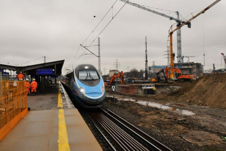 Warszawa Zachodnia. Krajobraz stacji zmienia się z każdym dniem [zdjęcia]