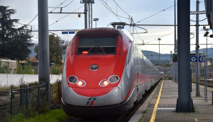 """Pociągi """"wolne od koronawirusa"""" zaczęły kursować we Włoszech"""