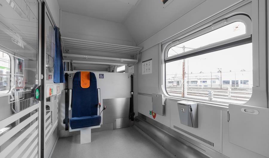 Wagony Combo w taborze PKP Intercity [zdjęcia, wirtualny spacer]