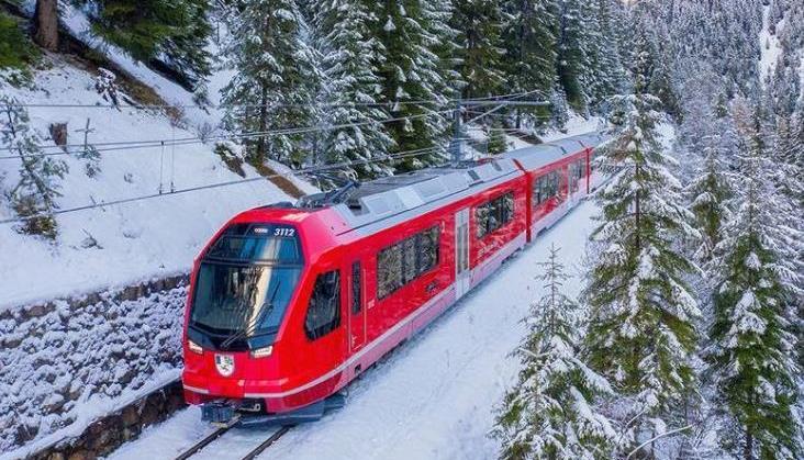 Ambasador Szwajcarii: Przykład naszych kolei może przydać się Polsce