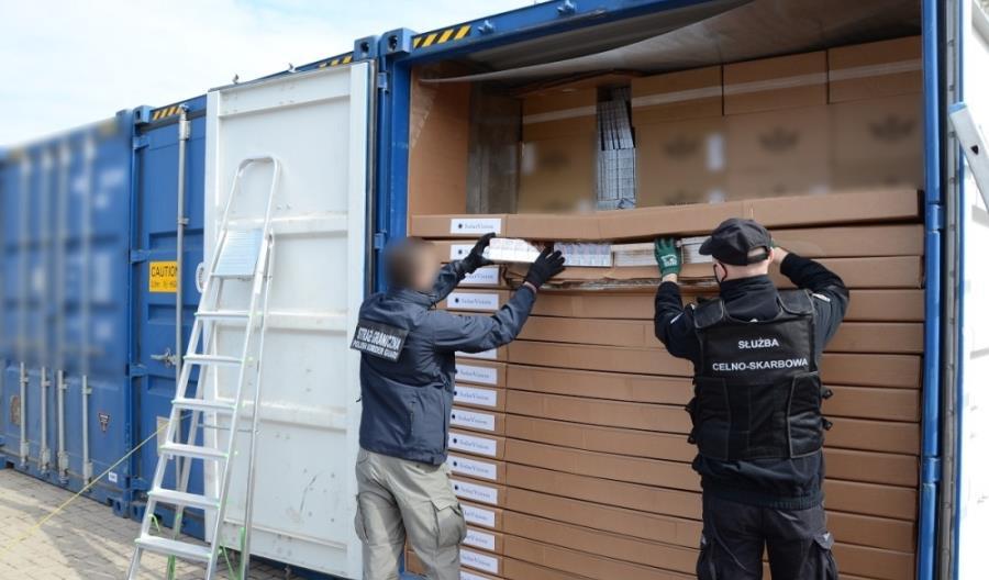 Ujawniono rekordowy przemyt. Kontenery wjechały koleją z Białorusi