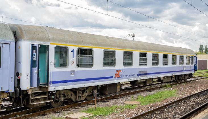 Mag-Train z najlepszą ofertą na modernizację 14 wagonów PKP Intercity