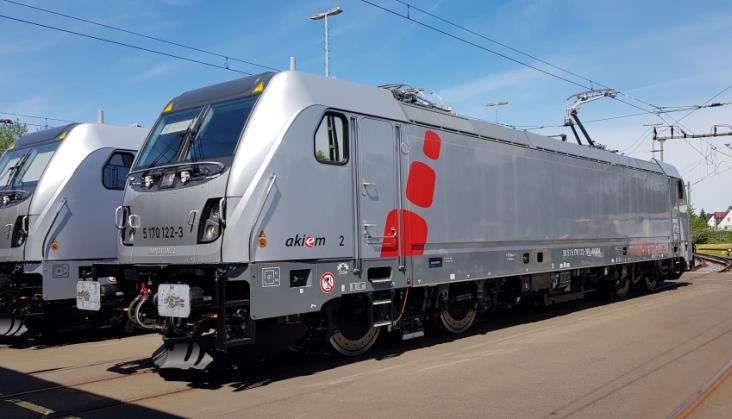 CTL Logistics z wyłącznością na szkolenie maszynistów Traxx DC3 w Akiem