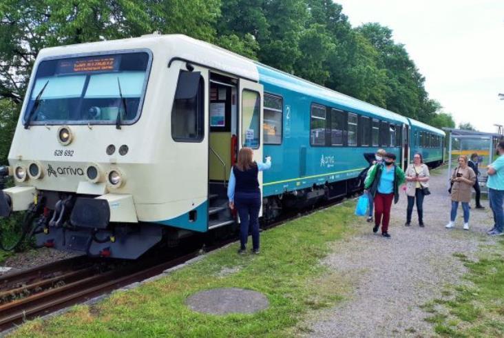 Zaczynają się prace torowe na odcinku Toruń – Chełmża linii 207