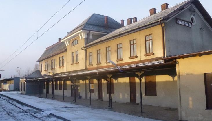 """Podkarpackie: PKP Intercity zniknęło z Tarnobrzega. """"Koniec objazdów"""""""