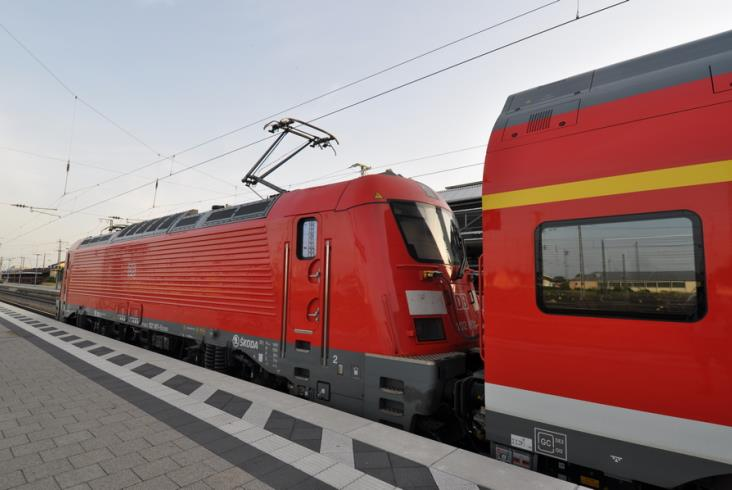 Wszystkie zestawy push-pull Škody dla DB w ruchu. Jak się nimi podróżuje? [zdjęcia]