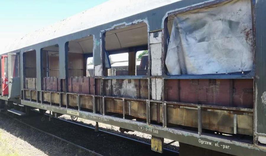 Fundacja Era Parowozów wyremontowała wagon 120A w klasycznym wyglądzie