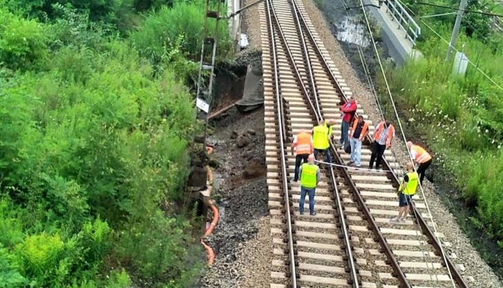 Przerwa w ruchu na linii 140 do Rybnika może potrwać kilkanaście dni