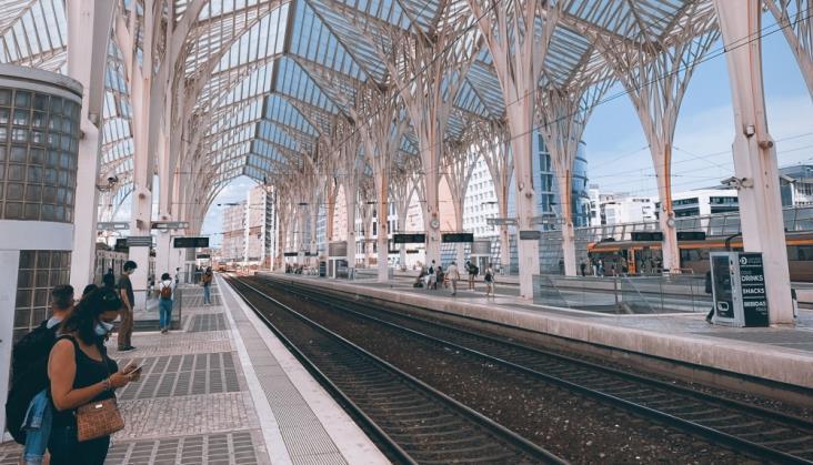 Koleje Portugalskie kupią 117 nowych składów
