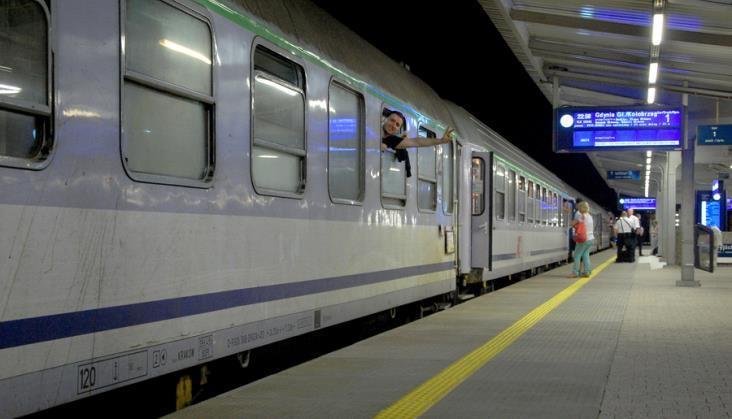Przepełnione pociągi, zbyt dużo rowerów. PKP Intercity wyjaśnia sytuację