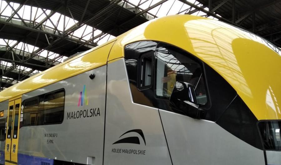 ZNTK Mińsk odmienił wnętrza Acatusów Kolei Małopolskich [zdjęcia]