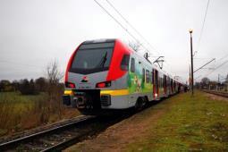 Łódzkie: Prace w Brzustowie wstrzymają pociągi do Drzewicy. IC na objazdach