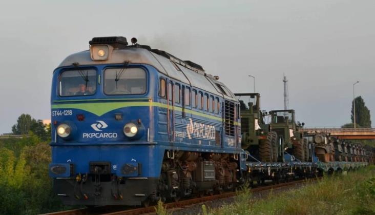 MON: Aktualne transporty wojskowe bez nowych wagonów. Trwają odbiory końcowe