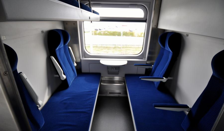 Nowe wagony wojskowe dla PKP Intercity. Operator ma nową salonkę (zdjęcia)