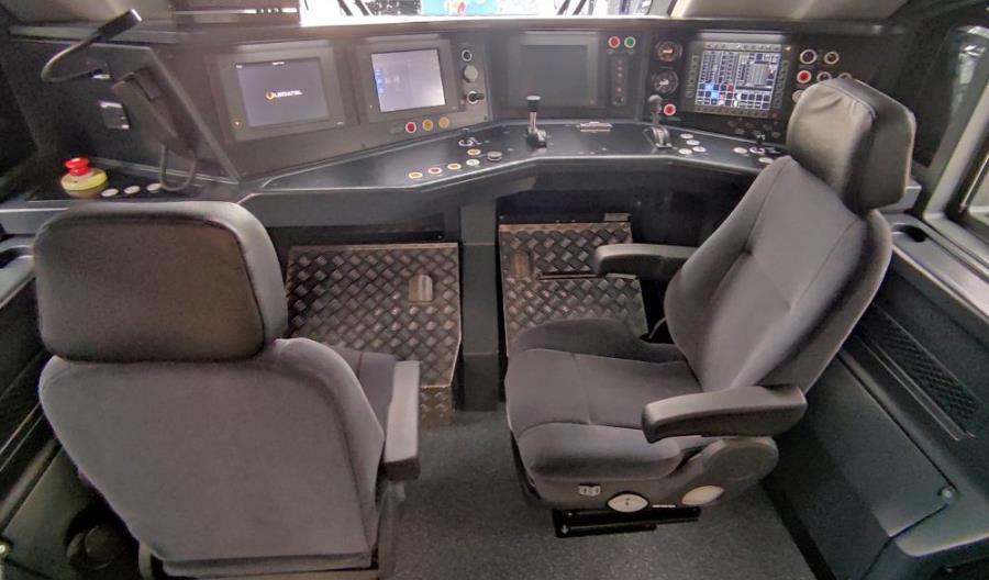 Pesa pokazała wnętrza wyjątkowego pociągu dla RegioJet [zdjęcia]