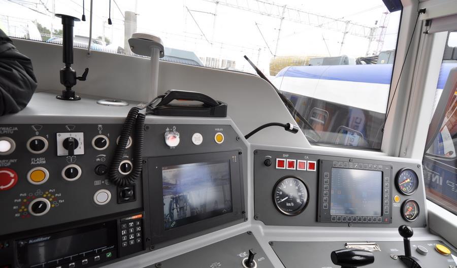 Zmodernizowane SU42 z FPS dla PKP Intercity na targach Trako [zdjęcia]
