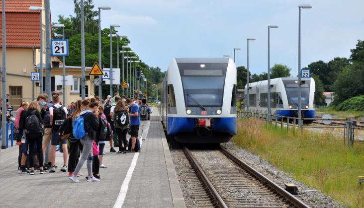 18-latkowie znów mogą bezpłatnie podróżować koleją po Europie