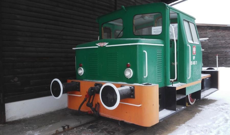 Wojsko sprzedaje 50-letnią lokomotywę