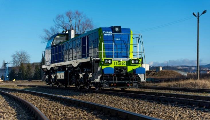 Grupa Orlen odnowi flotę lokomotyw. Pierwszy kontrakt dla Newagu