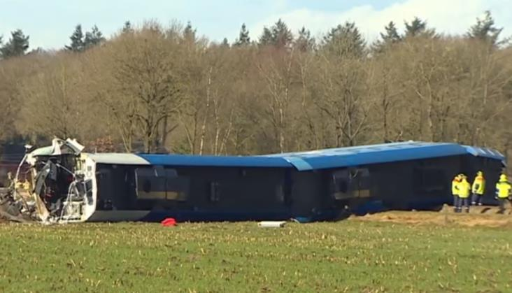 Wypadek kolejowy w Holandii. Nie żyje maszynista pociągu