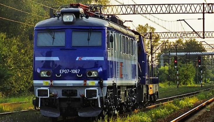 Kto zmodernizuje lokomotywy PKP Intercity?