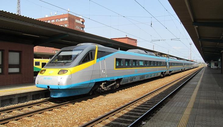 Czesi wyposażą kilkaset pociągów w system ETCS