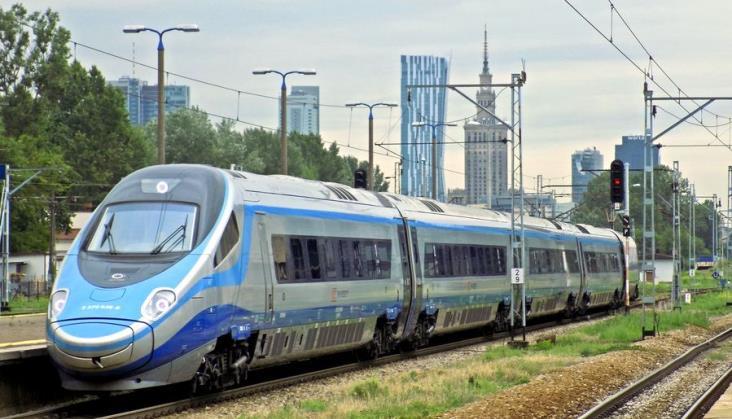 Jest coraz więcej pociągów. Trzeba jeszcze zaprosić pasażerów