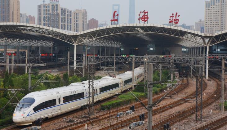 Chiński gigant taborowy zwiększa produkcję w ramach zagranicznych kontraktów