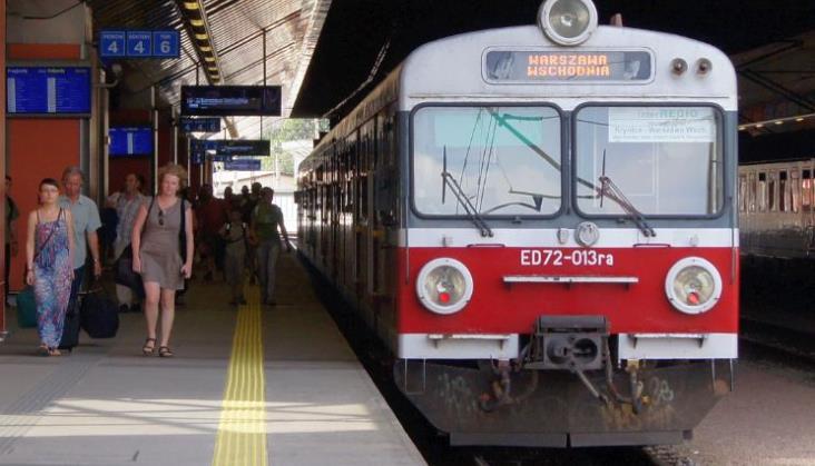 Przewozy Regionalne zamawiają systemy informacji pasażerskiej