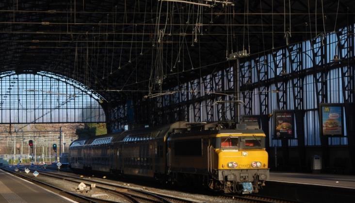 Holenderskie pociągi wyłącznie na energii z odnawialnych źródeł