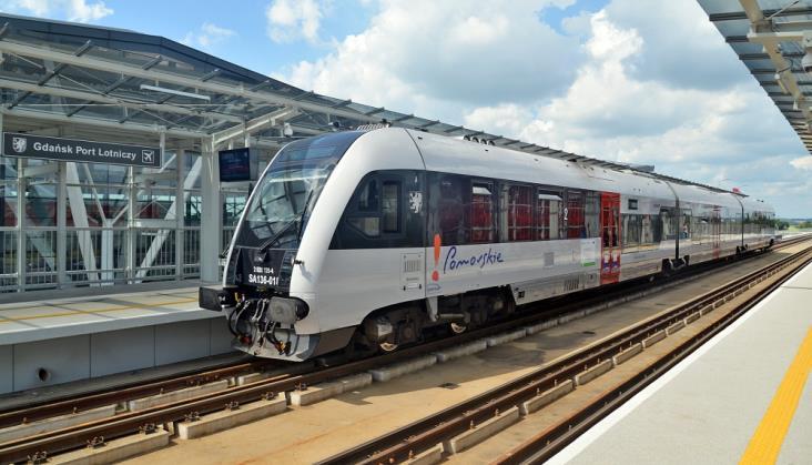 Pociągi SKM na linii PKM do Kartuz pełne pasażerów. Gorzej z pozostałymi