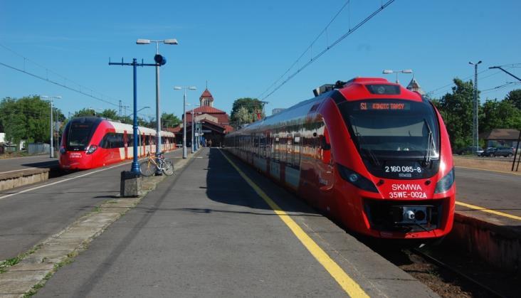 Linia kolejowa z Warszawy do Otwocka z dofinansowaniem. Będzie trzeci tor