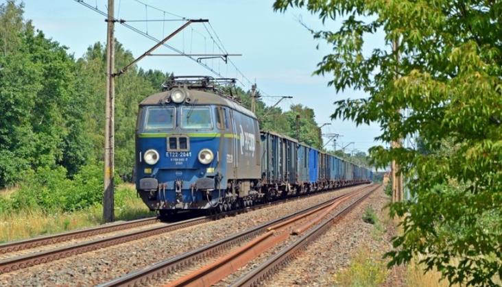 Wiceminister o magistrali węglowej: Pociągi pojadą tutaj 160 i 120 km/h
