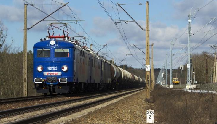 Lotos zadowolony z ET40. We wrześniu nowe lokomotywy