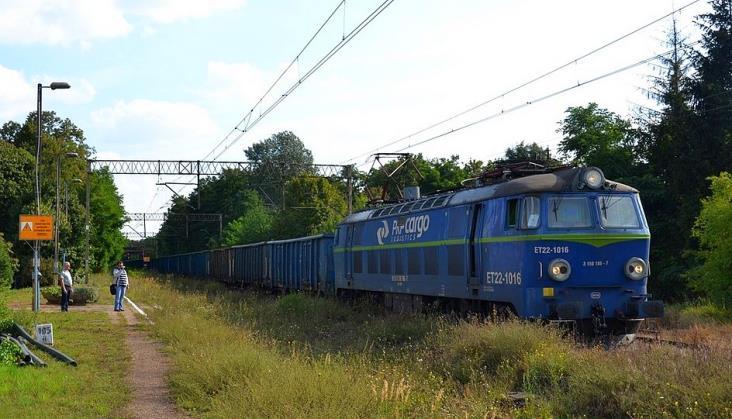 PLK zleca prace na linii 281 własnej spółce